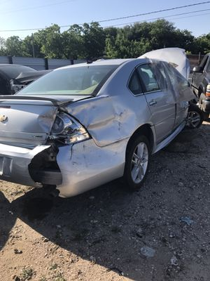 2013 chevy impala for parts for Sale in Houston, TX