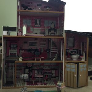 Barbie Kidcraft Dollhouse for Sale in Yorkville, IL
