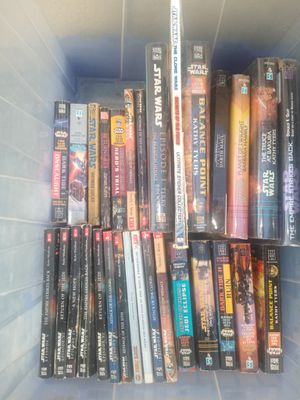 box full of star wars books for Sale in Hawaiian Gardens, CA