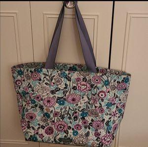 Vera Bradley Flower Tote Bag for Sale in Norristown, PA