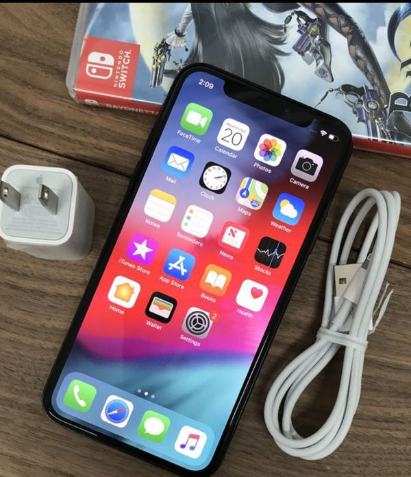 iPhone x 64GB FACTORY Unlocked // New with Warranty