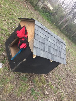 House for dogs for Sale in Springfield, TN