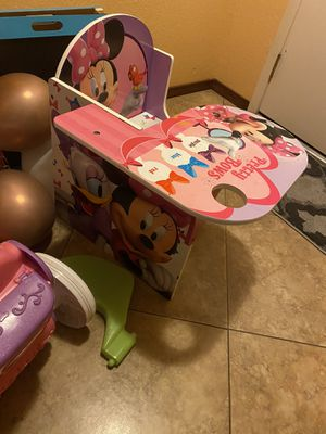 Minnie Mouse Desk for Sale in Glendale, AZ