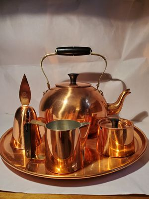 Coporal cooper tea kettle set for Sale in Canton, MA