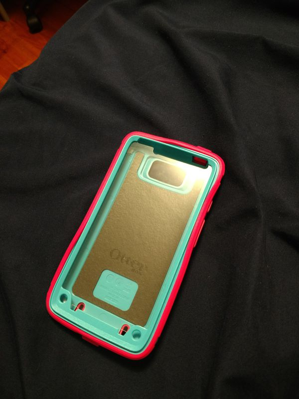 premium selection 0f8cc f18bf OtterBox Defender Series for Sale in Northfield, OH - OfferUp