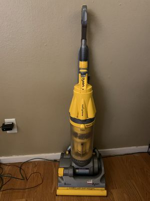 Dyson vacuum for Sale in Auburn, WA
