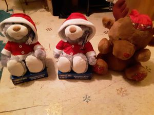 Kids Plush reindeer deer, storytime bears, christmas light up wreath , sowing kit and wrapping paper for Sale in Waterloo, IA