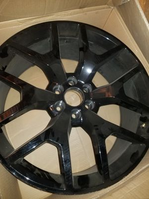 24 inch replica 1 rim for Sale in Bakersfield, CA