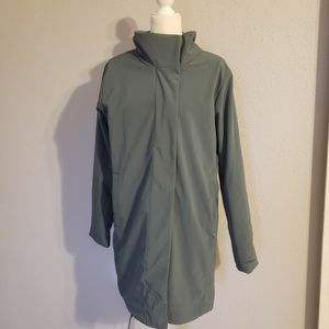 Patagonia PARKA insulated Jacket Size L women's for Sale in Tampa, FL