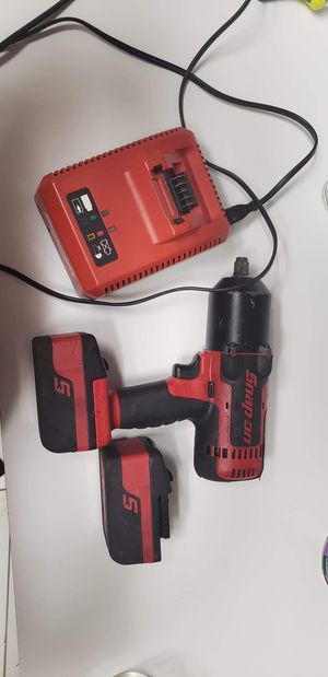 Snap on 1/2 impact 2 batteries and charger good shape for Sale in Osteen, FL