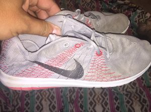 Youth kids 2.5 Nike's for Sale in Navarre, FL