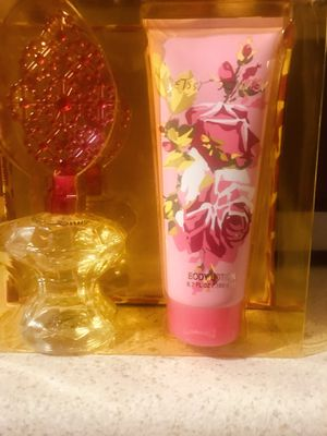 Betsy Johnson perfume and lotion set for Sale in Independence, MO