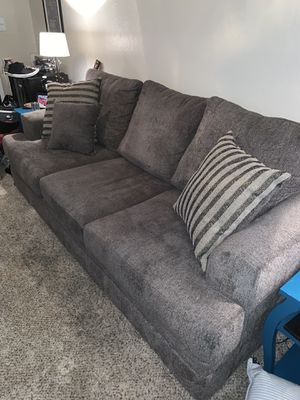 Grey couch, almost perfect condition! for Sale in Paradise Valley, AZ