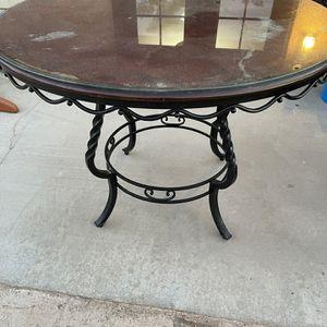 "Dinnete Table 42"" for Sale in Nuevo, CA"