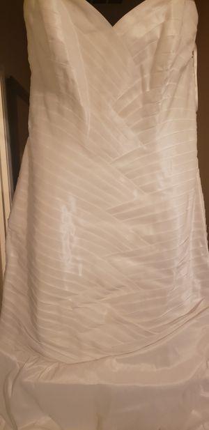 wedding dress for Sale in Goodyear, AZ