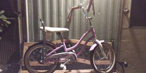 Lil Girls Schwinn Bike for Sale in Jurupa Valley, CA