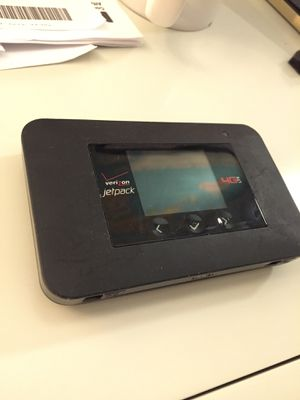 Unlocked Verizon netgear hotspot aircard 791L for Sale in Los Angeles, CA