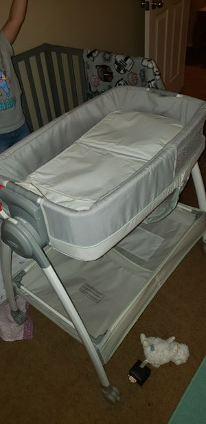 Bassinet for Sale in Moreno Valley, CA
