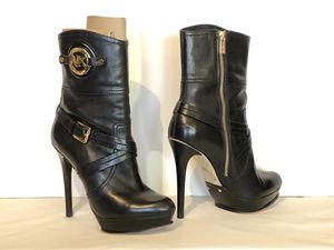 Stunning Michael Kors Black leather Ankle Boots - size 8 stiletto heel for Sale in Thornton, CO