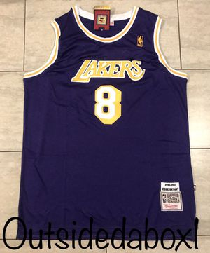 Los Angeles Lakers Kobe Bryant purple Jersey men's size Large for Sale in Ontario, CA