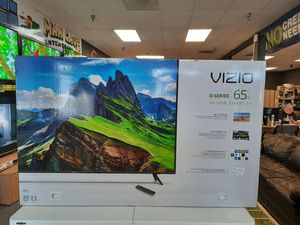 4k UHD tv - Vizio 65inch D-series! Hdr and Chromecast included! All tvs come in box with full year warranty! for Sale in Glendale, AZ