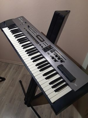 ROLAND RS-70. for Sale in Lancaster, CA