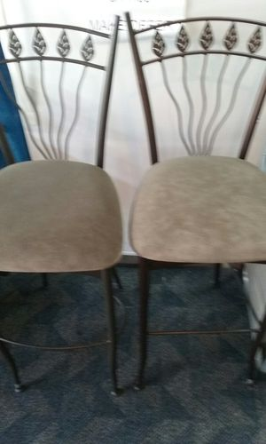 "2 Bar Stools 29"" for Sale in Puyallup, WA"