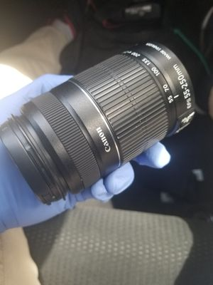 Canon 55-250mm lense for Sale in Los Angeles, CA