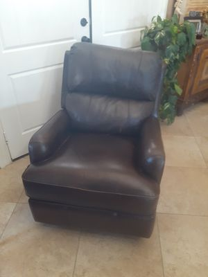 Leather Recliner for Sale in Riverside, CA