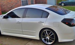 Great Shape. 2O08 Nissan Altima AWDWheels for Sale in Rochester, NY