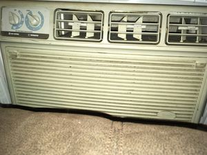 Whirlpool 1000 BTU AC unit for Sale in Bridgeville, PA