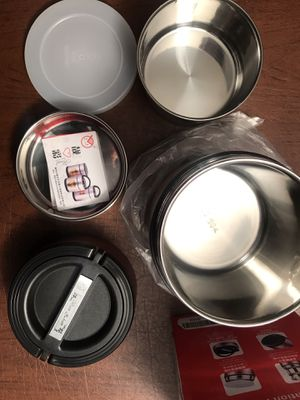 Vacuum food insulation pot for Sale in Fontana, CA