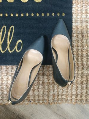 Black heel stilettos high heel shoes size 8 with gold accent zipper for Sale in Lake Stevens, WA