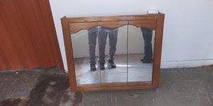 Vanity sink mirror for Sale in East St. Louis, IL