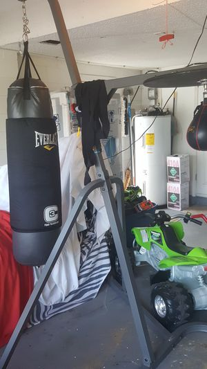 Punching bag & speed bag & bench press and barbell for Sale in Winter Springs, FL