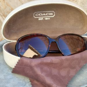 Coach Sunglasses Tortoise for Sale in Santa Ana, CA