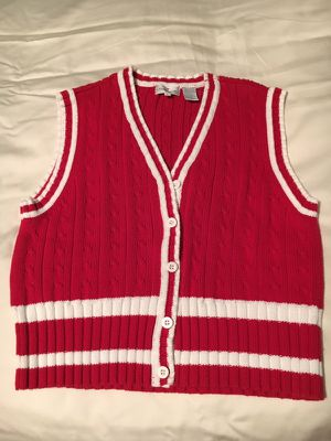 Sweater vest, red; perfect for All Year long Size M for Sale in Charles Town, WV
