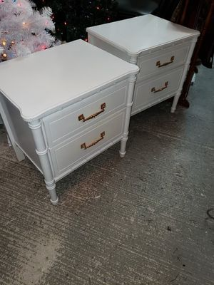 Nightstand for Sale in Kissimmee, FL