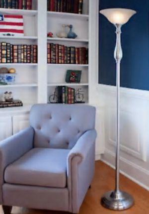 Floor lamp for Sale in Mount Vernon, WA