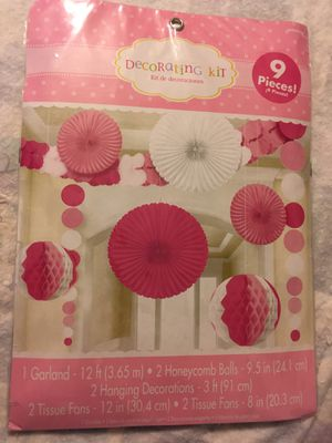 Decorating kit 9pcs total new for Sale in North Lauderdale, FL