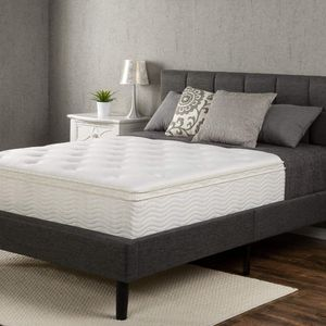 "NEW King 12"" Pillow Top mattress for Sale in Columbus, OH"