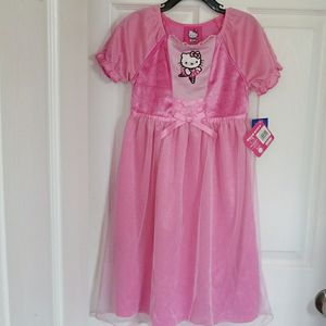 Hello Kitty Dress Pink Princess Night Gown For Girls Size 2, 3,4,5 & 6 New With Tag for Sale in Plano, TX