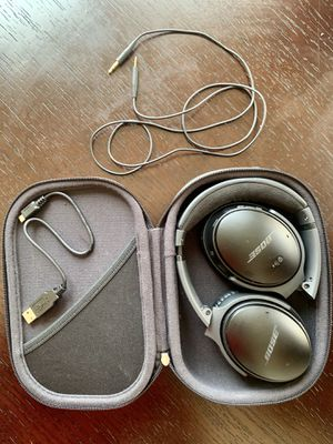 Bose QuietComfort 35 Noise Canceling Headphones for Sale in Los Angeles, CA