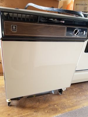 G.E. dishwasher for Sale in Lake Placid, FL