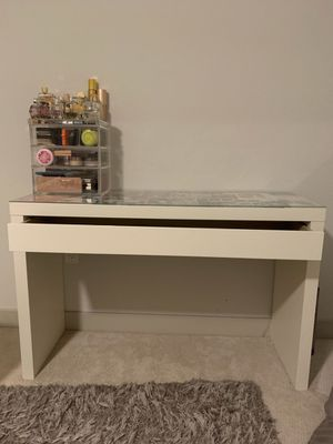 Makeup Vanity with drawer for Sale in Placentia, CA