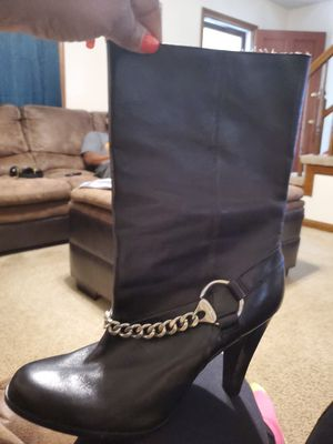 Michael Kors leather boots size 11 for Sale in Knightdale, NC
