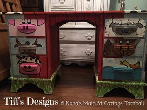 Barnyard Desk for kids for Sale in Tomball, TX