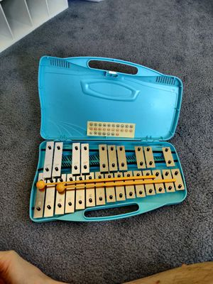 Xylophone Glockenspiel Set with Beaters for Sale in Union City, CA