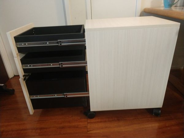 Heavy duty filing cabinet 3 drawer - DOES NOT LOCK