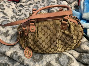 Authentic Gucci Sukey bag for Sale in Kalkaska, MI